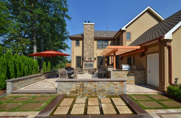 Residential Outdoor Living Spaces-Laredo TX Landscape Designs & Outdoor Living Areas-We offer Landscape Design, Outdoor Patios & Pergolas, Outdoor Living Spaces, Stonescapes, Residential & Commercial Landscaping, Irrigation Installation & Repairs, Drainage Systems, Landscape Lighting, Outdoor Living Spaces, Tree Service, Lawn Service, and more.
