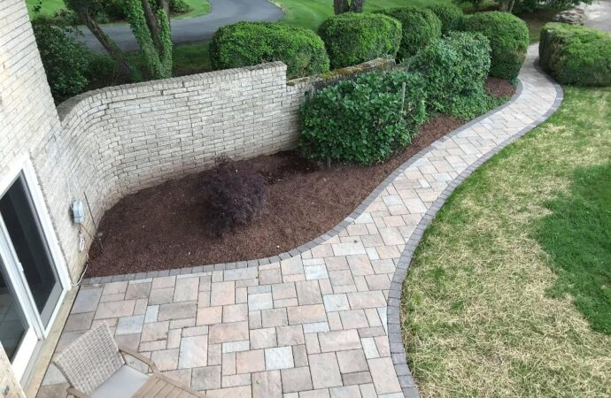 Stonescapes-Laredo TX Landscape Designs & Outdoor Living Areas-We offer Landscape Design, Outdoor Patios & Pergolas, Outdoor Living Spaces, Stonescapes, Residential & Commercial Landscaping, Irrigation Installation & Repairs, Drainage Systems, Landscape Lighting, Outdoor Living Spaces, Tree Service, Lawn Service, and more.